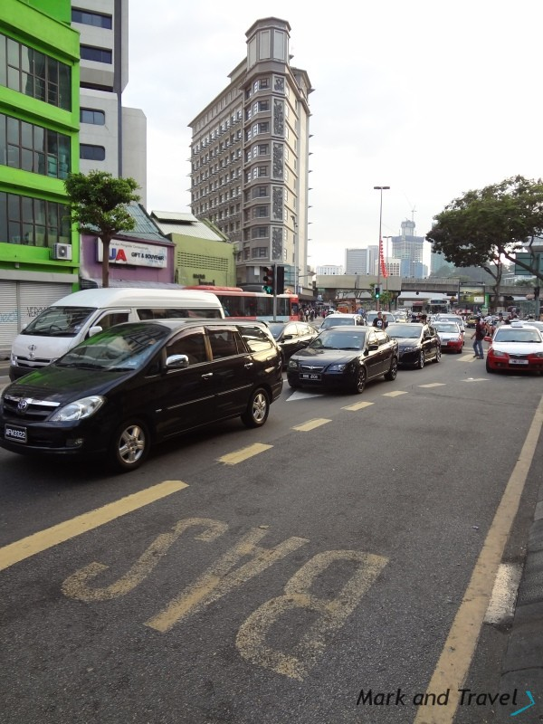Samochody, komunikacja w Kuala Lumpur
