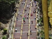 Batu Caves: schody do głównej jaskini