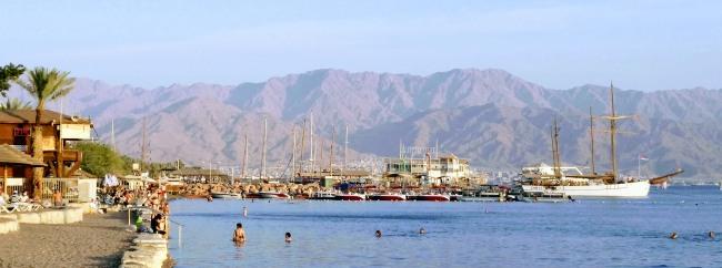 Ejlat plaża i góry 650px